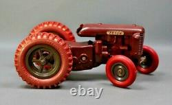1954 Czech KDN Zetor-25 Farm Tractor Bakelite Wind Up Toy Barum Balloon Tires