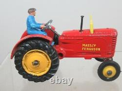 DINKY TOYS MODEL No. 300 MASSEY FERGUSON (FINAL VERSION WITH RUBBER TYRES)