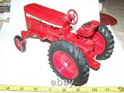 ERTL International Harvester 544 Toy Farm Tractor Diecast Rubber Tires NICE
